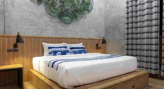Exdusive-double-bed-En-suite2