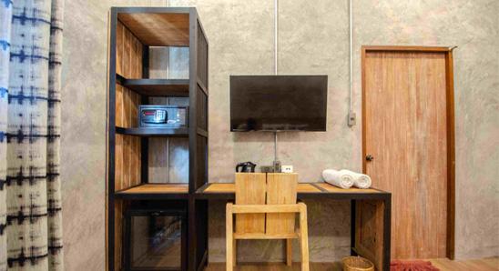Exdusive-double-bed-En-suite4
