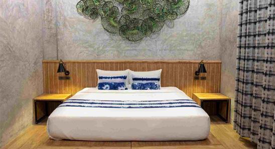 Exdusive-double-bed-En-suite5