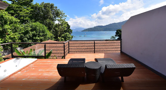 Jacuzzi-Ocean-View-Suite4