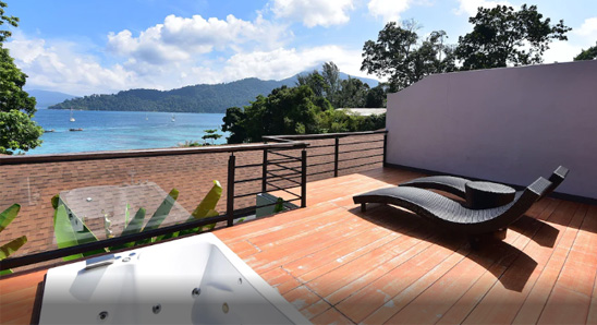 Jacuzzi-Ocean-View-Suite6