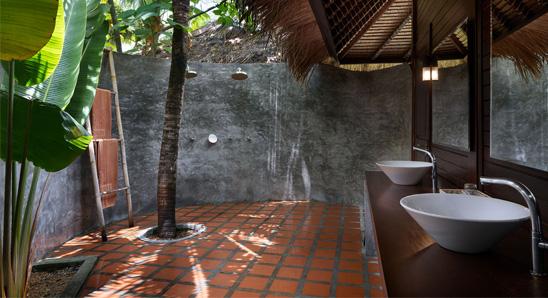 Luxury-Tropical-Villa3