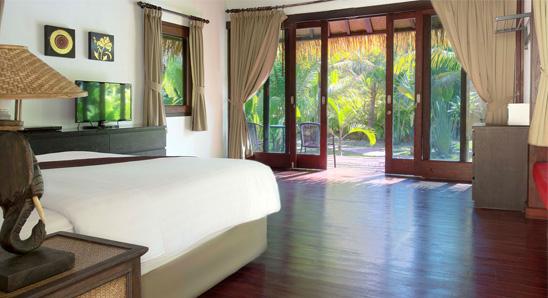 Luxury-Tropical-Villa4