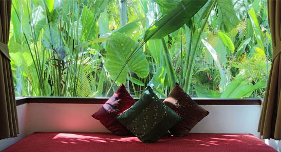 Luxury-Tropical-Villa5